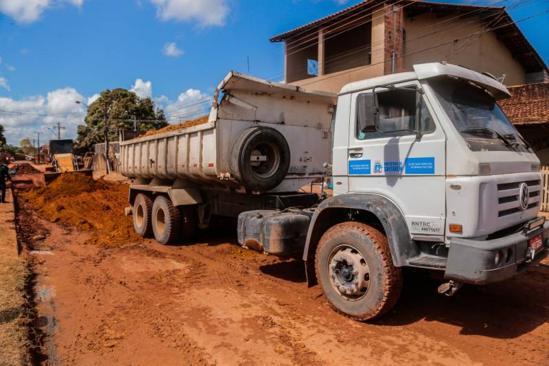 Operação Verão recupera ruas em diversos bairros de Santarém