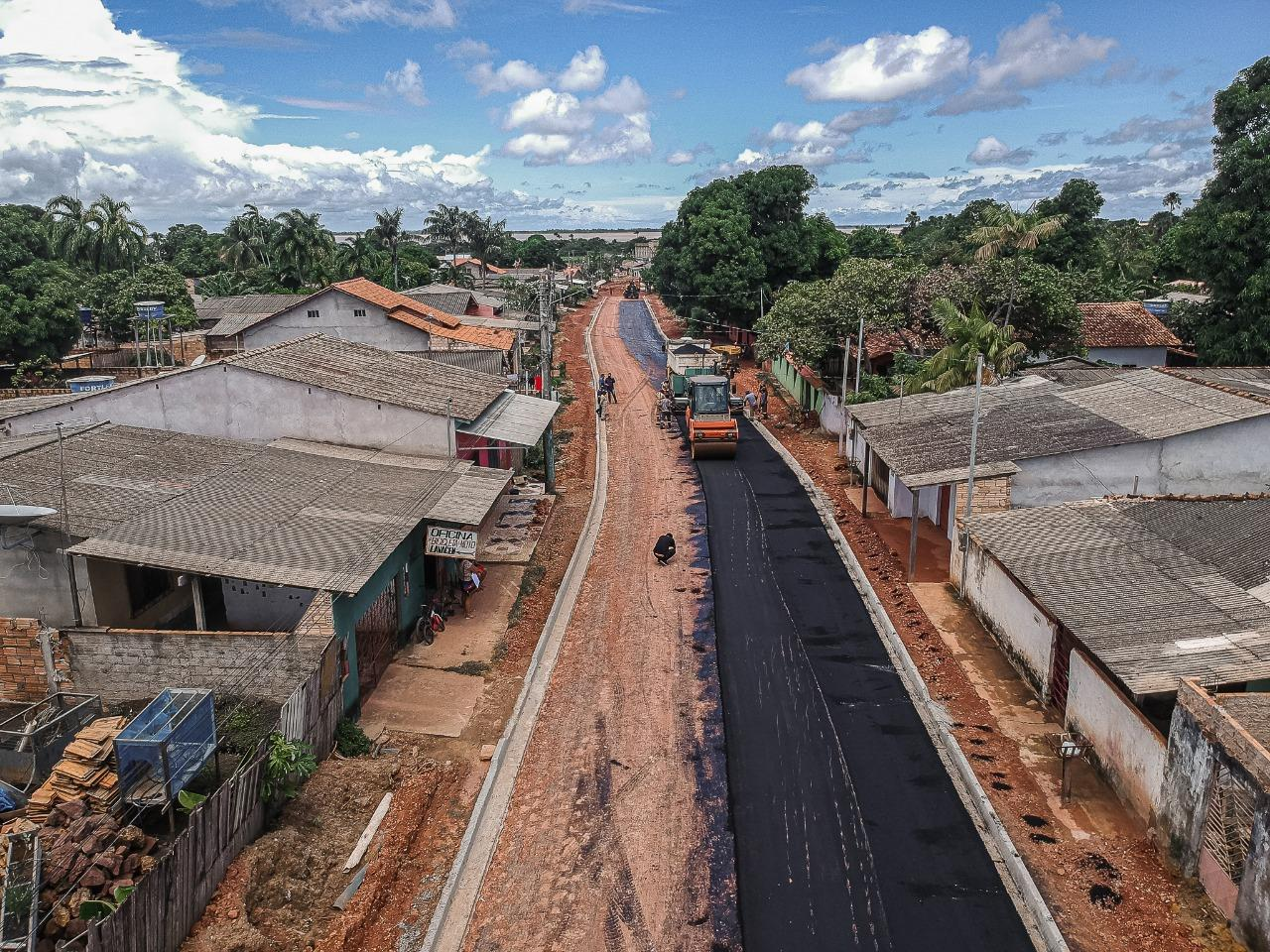 Mais de 11 mil famílias são beneficiadas com 2ª etapa de pavimentação da Barão de São Nicolau
